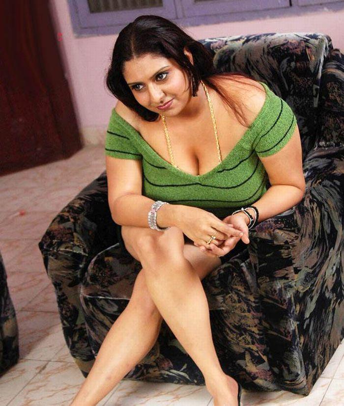 Bikini Indian Aunty Nude Movies Scenes