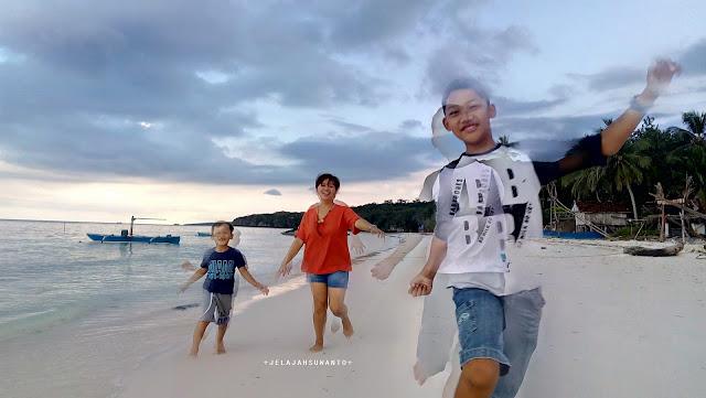 Pantai Mandala Ria: berlari kembali dari ujung tebi +fotojelajahsuwanto