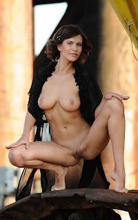 Amateur Porn - Suzanna%2BA-S01-022.jpg