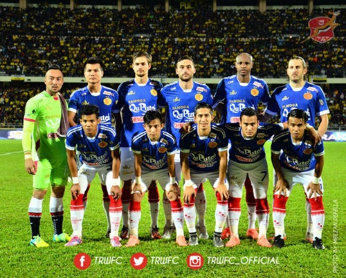 gambar dato' seri vida penaja pasukan bola sepak kelantan pamoga qu puteh the red warriors (pqptrw), pamoga qu puteh trwfc (pqptrw), kejayaan the red warriors (pqptrw), gambar pasukan the red warriors (pqptrw), facebook, twitter, instagram laman rasmi the red warriors (pqptrw)