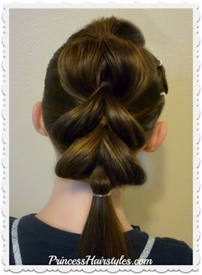 Trendy star hairstyle for the 4th of July, Video tutorial.