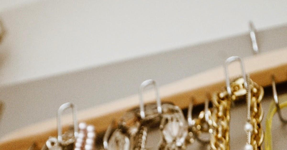 ketten dekorativ und ordentlich aufbewahren iby lippold haushaltstipps. Black Bedroom Furniture Sets. Home Design Ideas
