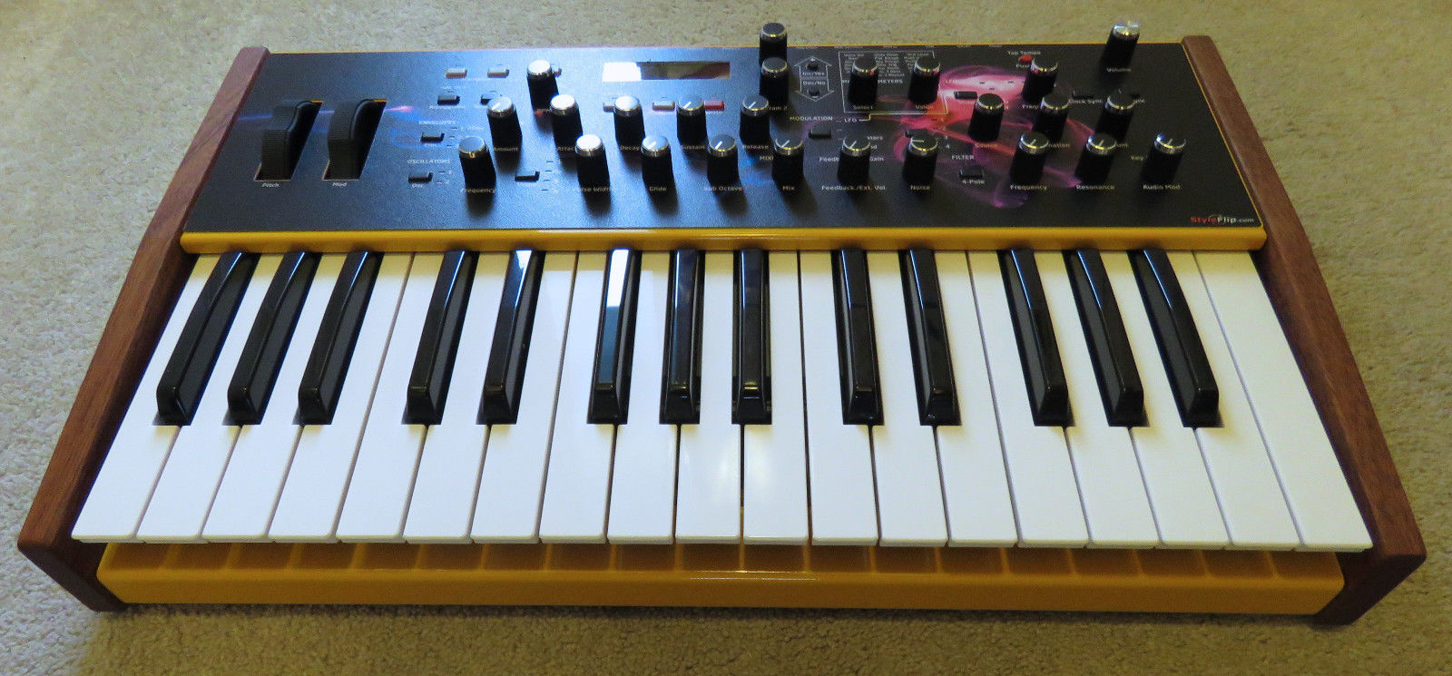 matrixsynth dave smith instruments mopho sn 01798 w custom faceplate prophet knobs. Black Bedroom Furniture Sets. Home Design Ideas