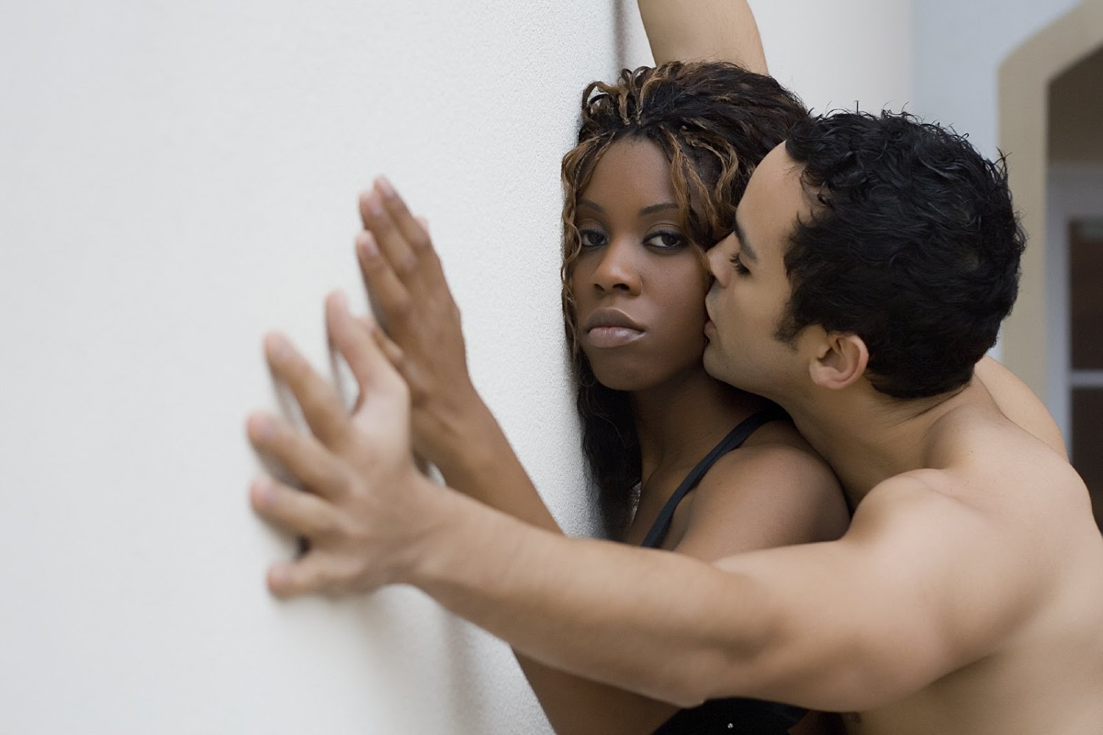6 Ways To Make A Woman Scream Your Name In Bed  The Edge -3968
