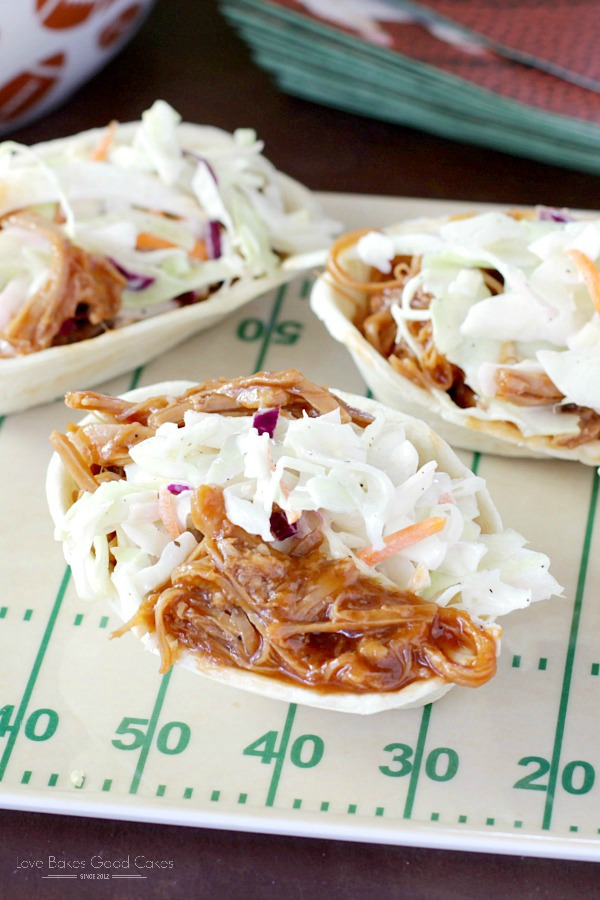 This Southern-Style BBQ Pork and Coleslaw Mini Taco Boats recipe is perfect for game day - or for an easy weeknight dinner! AD #OldElPasoTailgate