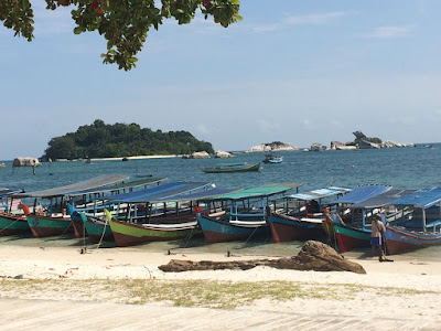 Boat di Pantai Kelayang - Belitung