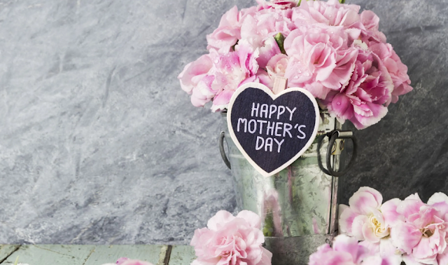 WHY FLOWERS FOR MOTHER'S DAY GIFT?