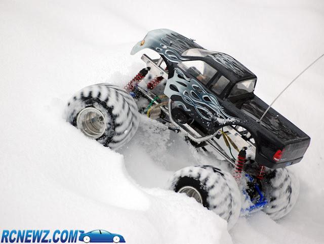 Tamiya Clod Buster ESP Clodzilla II snow