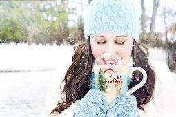 10 Manfaat Hebat Minum Air Putih Hangat di Pagi Hari