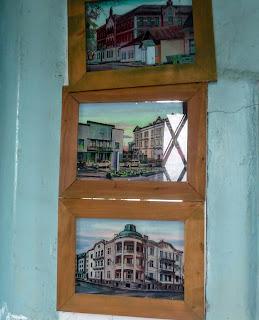 Дрогобыч. Городская ратуша. Часовая башня и картины с видами древнего города