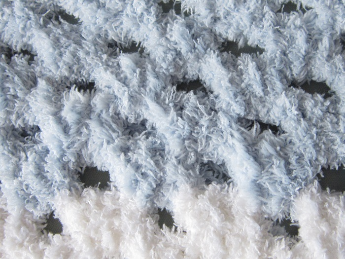 crochet, Bernat Pipsqueak, yarn, blanket, knots