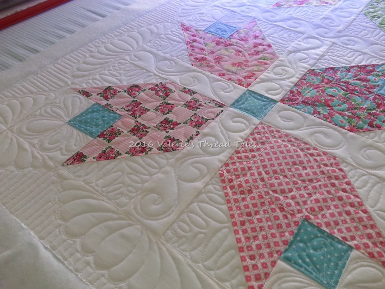 Dainty Darling Tulip Quilt Free Pattern