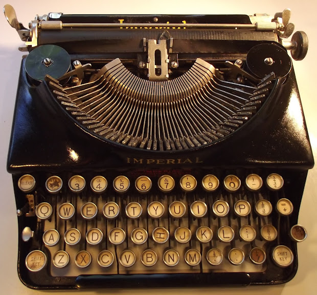 Oz.typewriter Imperial Portable Typewriters 1908-1978