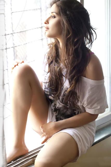 Madhurima Banerjee South Indian Actress Popular Photo