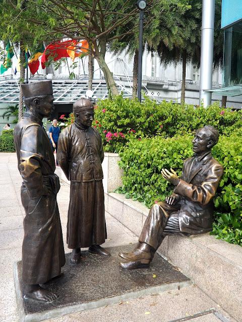 Raffles statue, Singapore