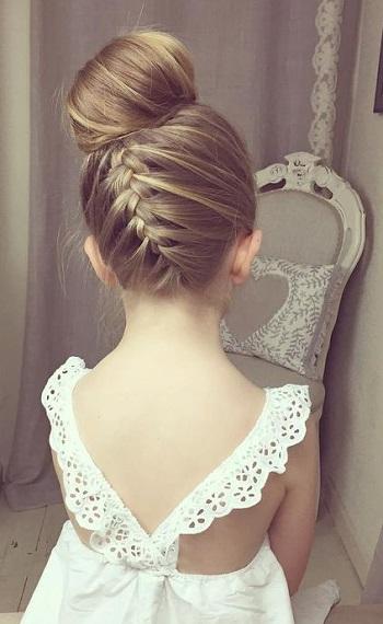 Cute%2BEasy%2BHairstyles%2BFor%2BLittle%2BGirls%2B%252811%2529 30 Cute Easy Hairstyles For Little Girls Interior