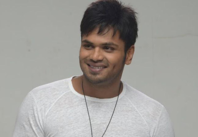 Happy Birthday to Rocking Star Manchu Manoj Telugu film industry's performance in a different style, a new definition to the Collection King Mohan Babu damancu tanayudaina Manoj Major Chandrakant, enjoined as a child actor in several films, such as the forest. Dongadi thief made his debut release in 2004, the image of the hero. Since then, each of different characters in the film to create the image of the hero himself Rocking Star Manchu Manoj. The Telugu film hero veravani operations along the lines of self-father Manoj has niladokkukunela. After the first film, the thief dongadi Mr, King Bhai, I know you travel, remaking, Veda, jhummandi nadam, Mr. Nookayya, the Pandavas Pandavas bees and the current string, gallantry, Attack of the distinctive role in every film in Telugu Tollywood closest to the hearts of the audience rocking star snow Manoj Nandi Special jury Award remaking the film. Now the star in three films. These images will start in the month of June. Manchu Manoj starrer directed by Sagar rupondanunna 'Sita Mahalakshmi' (Madras ryambo caption), the film offers a popular music director of cinematography of the sun esesthaman music. The cast of the film, told teknisiyans details soon. Klaps and whistles kesatya Entertainments banner, which was directed by Mr. Varun Atluri to star in the film. As well as the presentation emaccibabu esenarphilins praili, New Empire selyulayids esenreddi on Banners, enlaksmi Kant, another film produced and directed by Ajay Andrews nautakki. Karthika Srinivas vikeramaraju cinematography for the film, as the editor of the workshop will be provided. Gopimohan working as a writer. In this generation of young heroes with new subjects his own, has been making films Rocking Star Manchu Manoj's birthday celebration on May 20. Similar birthdays and more fans, is expected to entertain the audience.