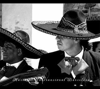 Mariachis en Francia en festival de Voiron