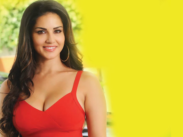 Download Sunny Leone Full HD Bikini Wallpapers