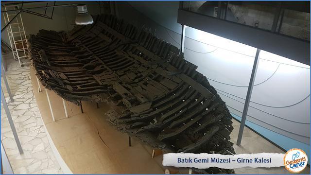 Batik-Gemi-Muzesi-Girne-Kalesi