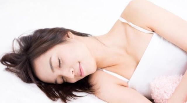 Benarkah Pakai Bra saat Tidur Cegah Payudara Kendur