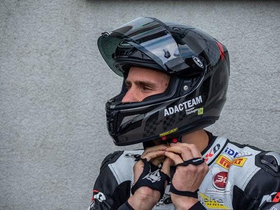 IDM Superbike: Julian Puffe holt Pole in Schleiz