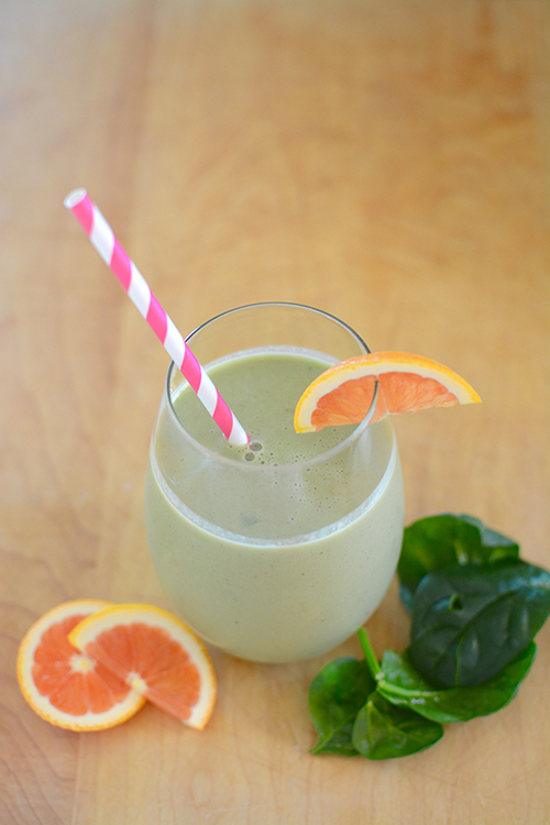 Tropical green smoothie; Breakfast smoothie   My Darling Days