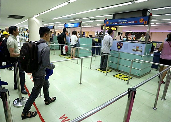 Immigration Lane at Don Mueang Airport