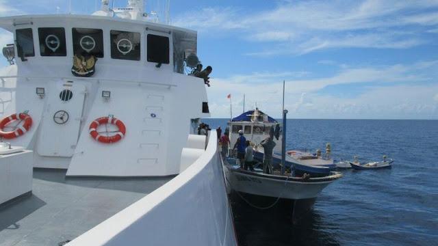 KN Ular Laut Bakamla Tangkap Kapal Ikan Tanpa Izin Di Laut Seram