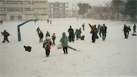 Αποτέλεσμα εικόνας για μαθητες στο χιονι