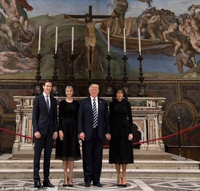 Finally Melania holds Donald Trump's hand during visit to Sistine Chapel in Italy (photos)