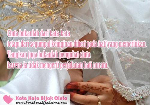 Kata Kata Bijak Cinta Romantis untuk Istri Solehah