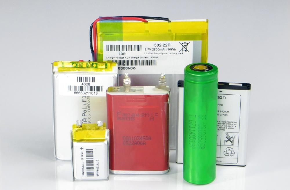 Hasil gambar untuk baterai pipih lithium ion