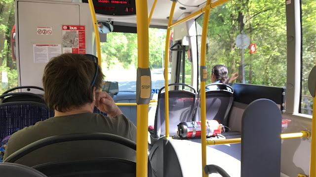 Interior del autobús municipal KBus