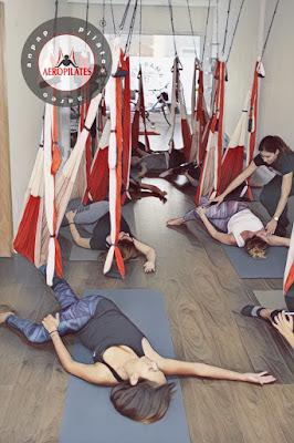 aeroyoga canarias, yoga aereo canarias, islas canarias, formacion, profesores, maestros, intructor, fitness, yoga, pilates, aerial, aero, acro, trapeze, columpio, hamaca, meditacion, nidra, aeropilates