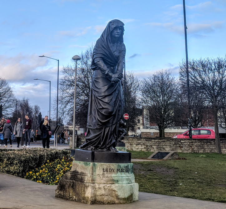 A Quick Guide to Visiting Stratford-Upon-Avon with Kids (on a budget)  - Lady Macbeth