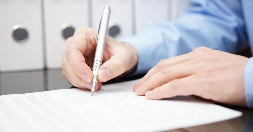 ADIÓS CONTRATOS LARGOS Y COMPLICADOS: Implementan contratos de hasta dos páginas para usuarios de servicios públicos de telecomunicaciones, informó Osiptel