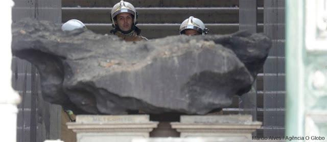 meteorito do Bendegó após incêndio no museu nacional UFRJ
