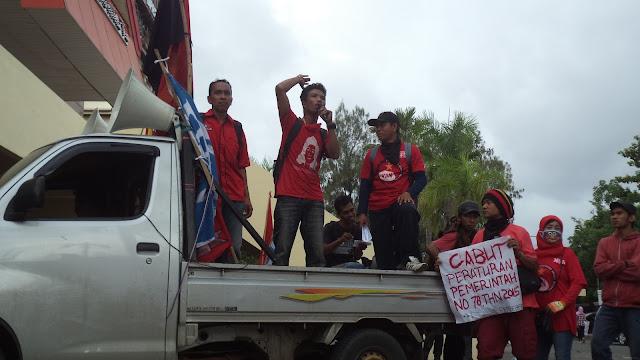 Negara Memalak Kaum Buruh untuk Menyembuhkan Krisis Kapitalisme