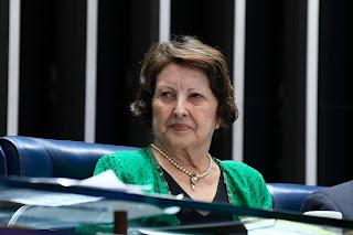 Senadora subscreve PEC que torna permanente o Fundeb
