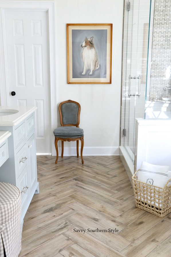 Savvy southern style how i choose paint colors for Benjamin moore french white