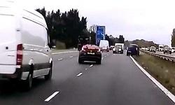 Όχημα κινείται ανάποδα για οκτώ χλμ. σε αυτοκινητόδρομο - Χάος και τρεις νεκροί