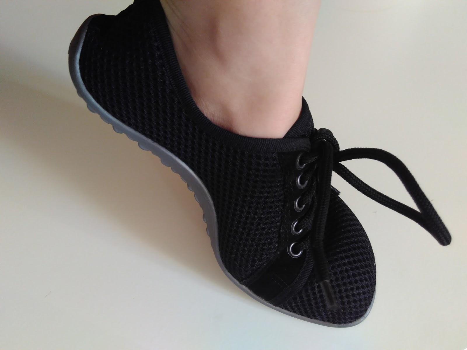 a4ea4d75005617 Ich kann auch im Alltag mit den Schuhen mit den Zehen wackeln