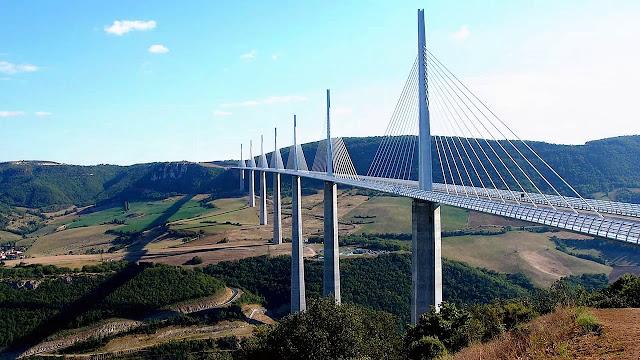 05. Jembatan Millau Viaduct, Perancis
