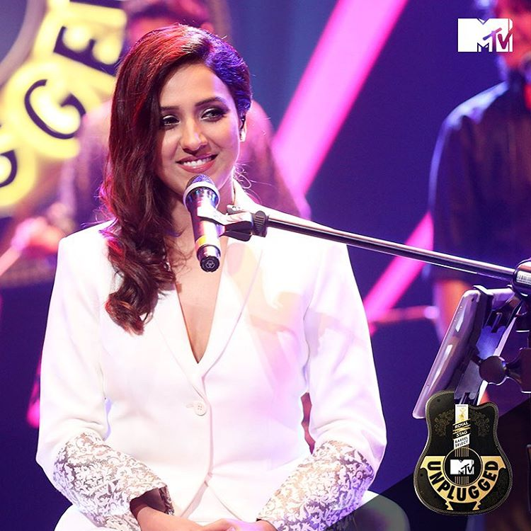 Neeti-Mohal-Most-Beautiful-Singer
