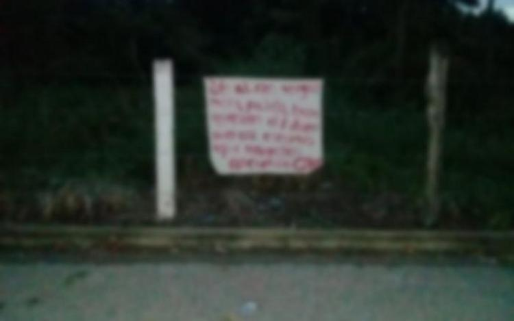 Aparece amenazas en narcomanta del CJNG en Tabasco.