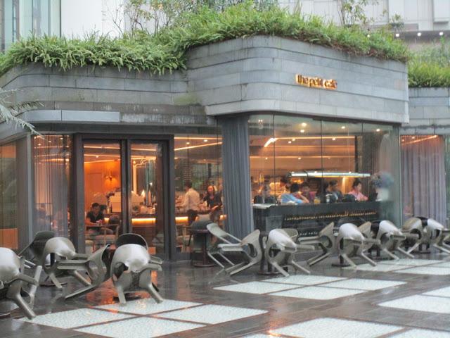 The Petit Café
