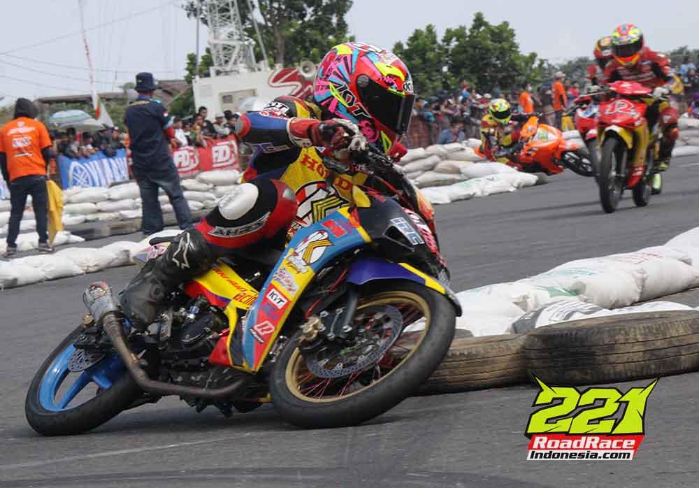 """Pertarungan Bebek Satu Merk """"Honda Racing Championship"""" Mendarat di Kota Malang"""