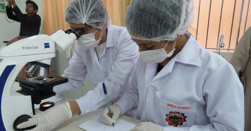 MINEDU: Laboratorios y talleres en centros de educación superior y técnico productivos podrán operar con un aforo máximo del 50%