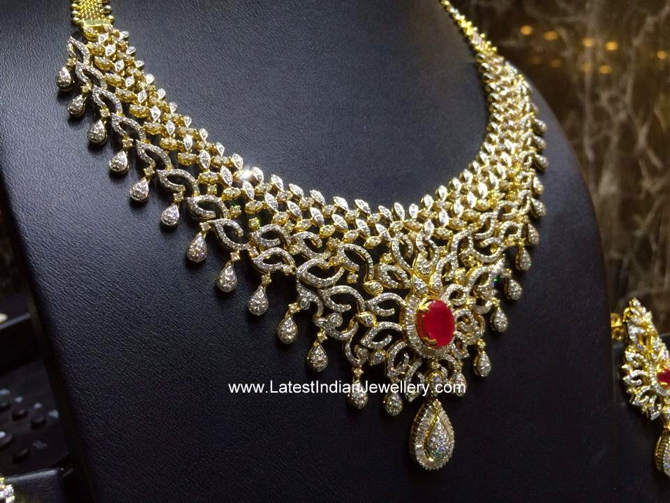 Dazzling Indian Diamond Necklace with Ruby